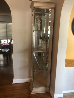 """Curio corner cabinet with light. 17.5 inches deep by 78"""" high for Sale in Miami, FL"""