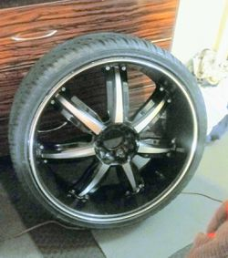 Set of 4 tires with 22 inch rims. for Sale in Lexington,  NC
