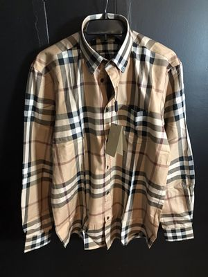 XXL Burberry men's shirt 175$ for Sale in Austin, TX