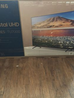 43 In Samsung 4K Smart Tv New for Sale in Chicago,  IL
