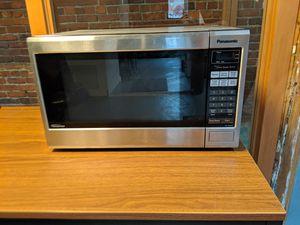 Panasonic 1200w Microwave for Sale in Seattle, WA