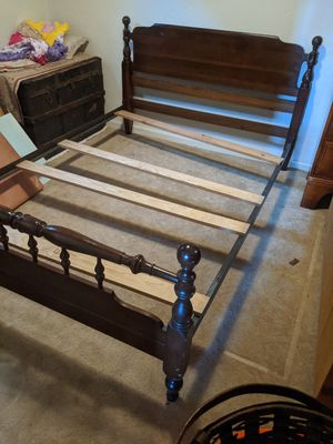 Ethan Allen Bed Frame - Full size for Sale in Lakewood, CO
