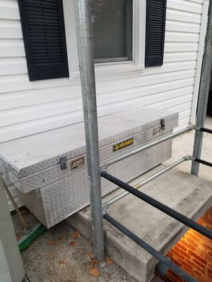 Husky Pick Up Tool Box for Sale in Hyattsville, MD
