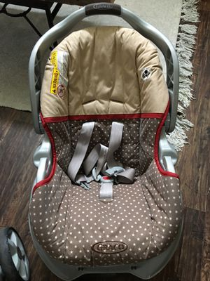 Graco car seat and stroller combo for Sale in Clearfield, UT