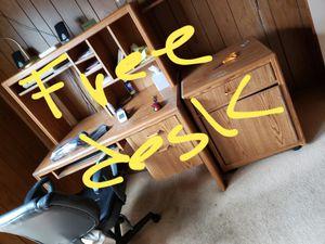 Free desk for Sale in Rossmoor, CA