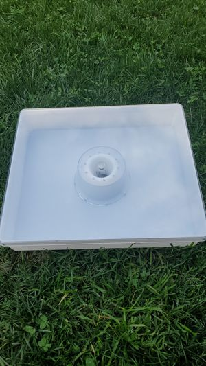 Inside hive plastic top bee feeder for 10 frame for Sale in Arvada, CO