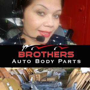 Venta de auto body parts for Sale in Irwindale, CA