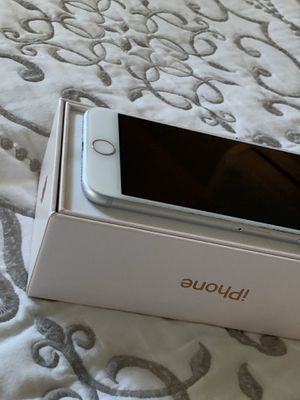 iPhone 7 32g Verizon for Sale in Lynnwood, WA