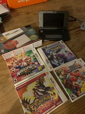 Nintendo 3DS XL never used with 4 games for Sale in San Diego, CA