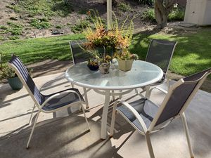 Free patio table with four chairs for Sale in Bonita, CA