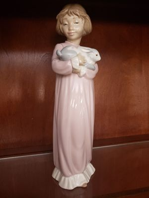 "Lladro 13"" tall Girl Carrying a Bunny Rabbit, 1978 for Sale in Ball Ground, GA"