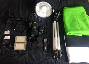 Video/Photography Starter Kit (Canon Camera, Lights, etc.) for Sale in Montgomery, AL