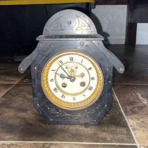 'Vintage Clock , All Cast Iron! .Beautiful piece for Sale in Santa Paula, CA