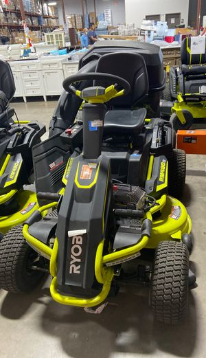 USED 38 in. 75 Ah Battery Electric Engine Riding Lawn Mower for Sale in Houston, TX