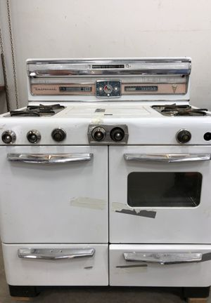 Vintage gas or propane stove (still works!) for Sale in Albuquerque, NM