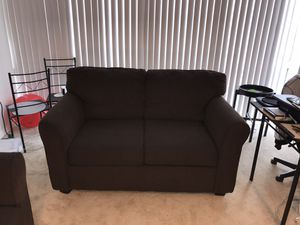 Brown Loveseat/Couch Great Shape, very comfy for Sale in Washington, DC