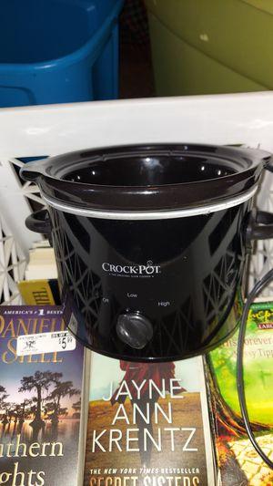 Mini crockpot for Sale in Lancaster, PA