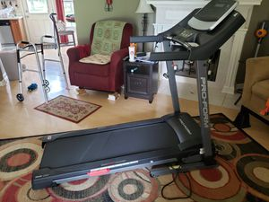 Proform 305 CST Folding Treadmill w Power Incline and Cushioning for Sale in Murfreesboro, TN