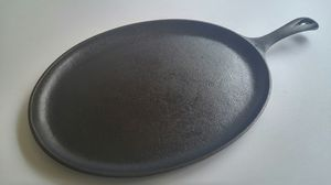 Lodge cast iron oval fajita skillet for Sale in Chicago, IL