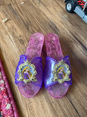 Girls Disney dress up shoes Rapunzel size 10 for Sale in Milton, WA