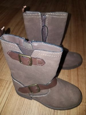 Boots for girl size 9 for Sale in Arlington Heights, IL