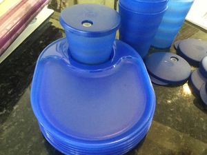 Tupperware snack trays & cupholders for Sale in Miramar, FL