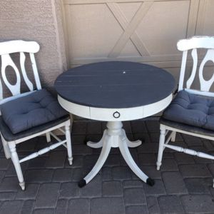 Vintage 2 Person Table And Chairs for Sale in Goodyear, AZ