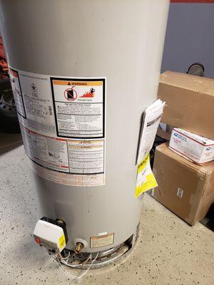 Free Bradford White Water Heater for Scraps for Sale in Menifee, CA