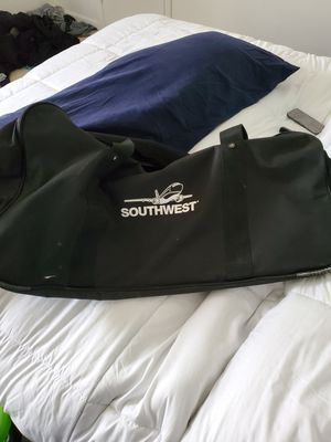 Large duffle bag for Sale in Indianapolis, IN