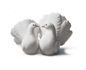 Authentic Lladro Doves / Lovebirds for Sale in Kent, WA