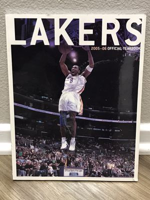 2005-06 Los Angeles Lakers Yearbook for Sale in Ontario, CA