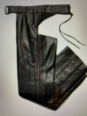 NEW Harley Davidson Men's Deluxe Leather Chaps 98100-16vm for Sale in Woodinville, WA