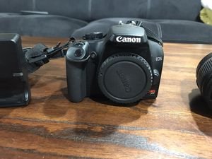 Canon Rebel XS DSLR Camera for Sale in Chicago, IL