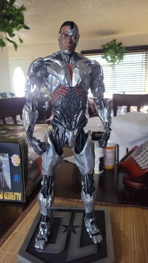 Cyborg action figure DC Comics for Sale in Los Angeles, CA