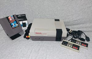 NES Bundle W/ 2 Original Controllers + Mario for Sale in Mendota Heights, MN