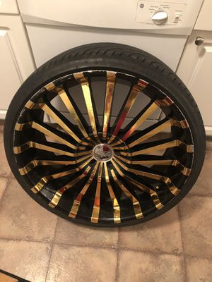 """24"""" Gold Rims ~ 5 Lug for Sale in Canal Winchester, OH"""