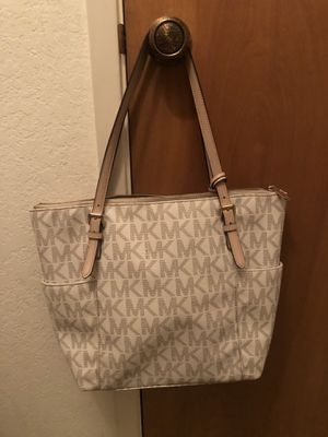Michael Kors Purse for Sale in Sanger, CA