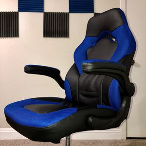 Ready to use Racing Gaming Chair for Sale in Hesperia, CA