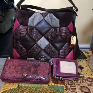 Coach Purse, Wallet N ID Credit Card Holder for Sale in Franklin, TN