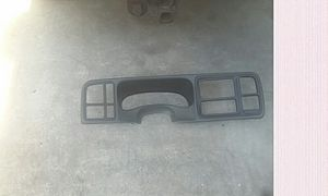 Double din dashboard for a Silverado or Tahoe 06 n up for Sale in Jacksonville, FL
