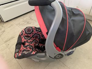 Baby trend Car seat for Sale in Portland, OR