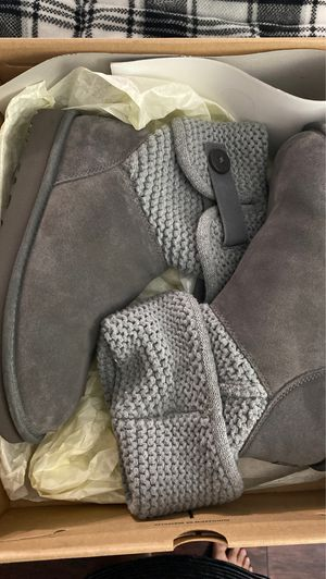 Ugg Shaina Knit Cuff Bootie (W) for Sale in Las Vegas, NV