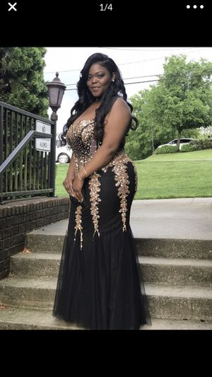 Prom Dress - Size 18 for Sale in Nashville, TN