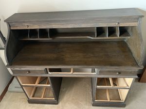 Antique rolltop desk for Sale in Columbus, OH