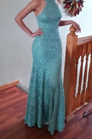 Women's Prom party Dress Size 1/2 for Sale in Chicago, IL