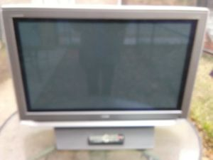Toshiba 42 inch TV with remote control and HDMI port for Sale in Washington, DC