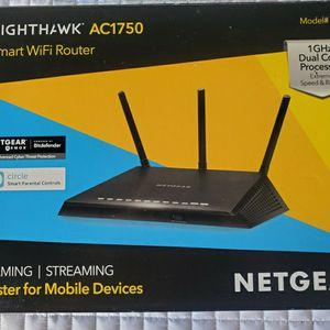 $50 NETGEAR NIGHTHAWK AC1750 WIFI ROUTER for Sale in North Las Vegas, NV