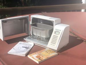 West Bend Automatic Bread Maker for Sale in Portland, OR