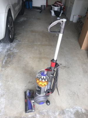 Dyson small ball Vacuum for Sale in Lakeside, CA