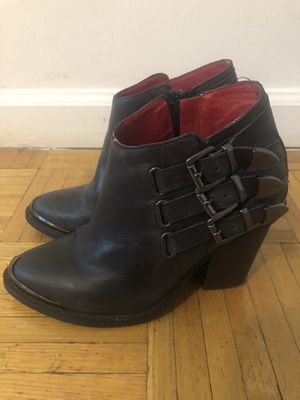 Jeffrey Campbell size 6 boots for Sale in New York, NY